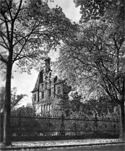 Institut-vor-Zerst1.jpg